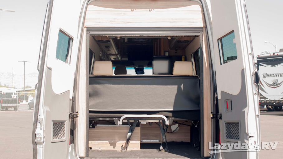 2018 Airstream Tommy Bahama Interstate Lounge