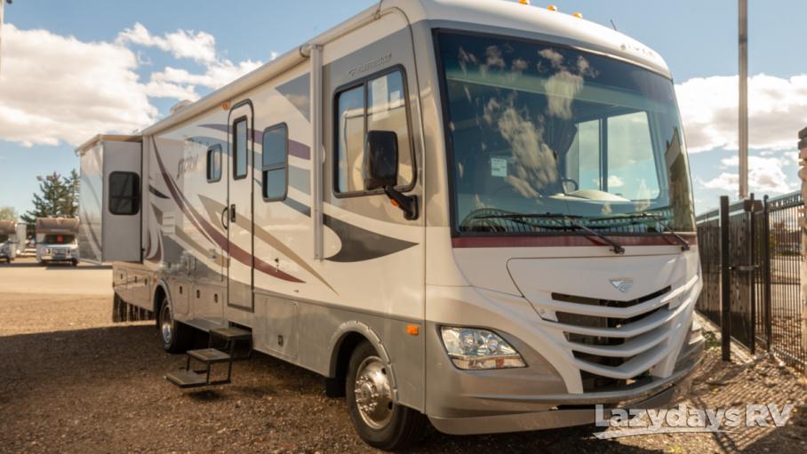 2014 Fleetwood RV Storm 32V
