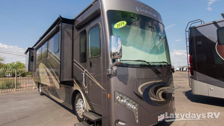 2019 Thor Motor Coach Venetian S40
