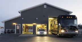 RV GARAGE STYLE OPTIONS: FROM BASIC TO LUXURY