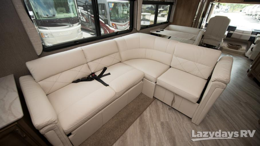 2020 Fleetwood RV Bounder 33C