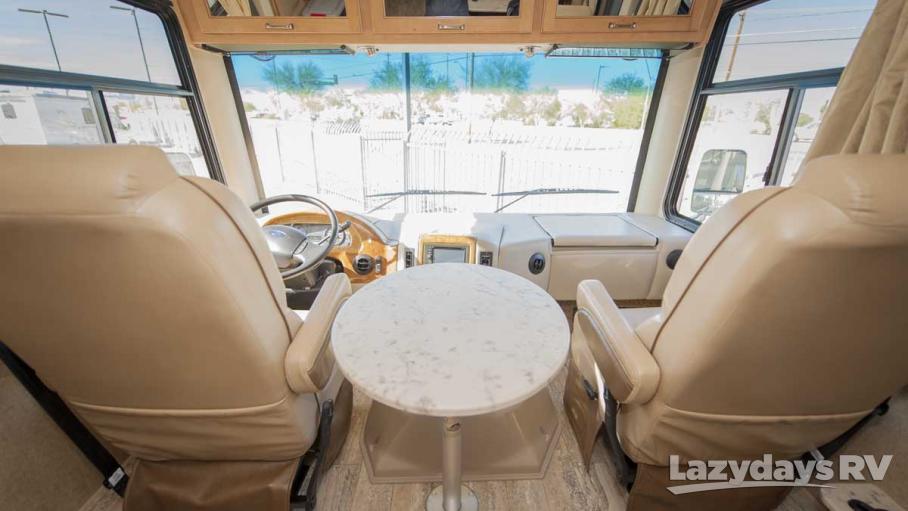 2016 Thor Motor Coach Hurricane 29M